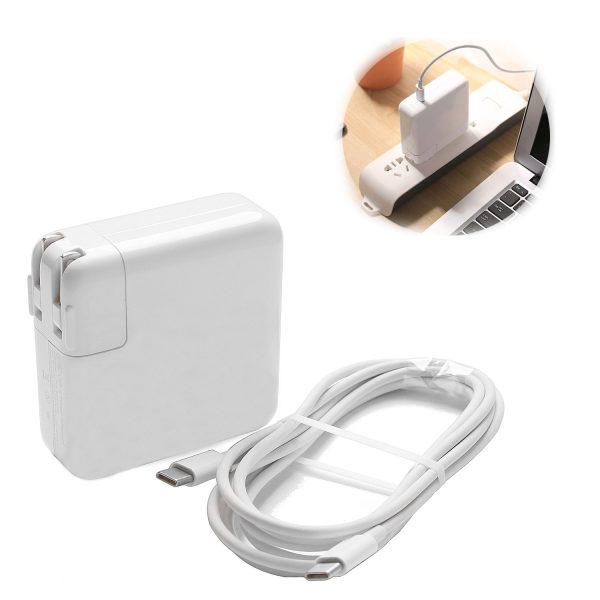 apple 61W usb c power Adapter 3